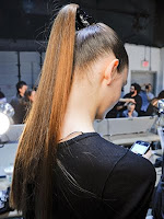 висока опашка с гладка коса