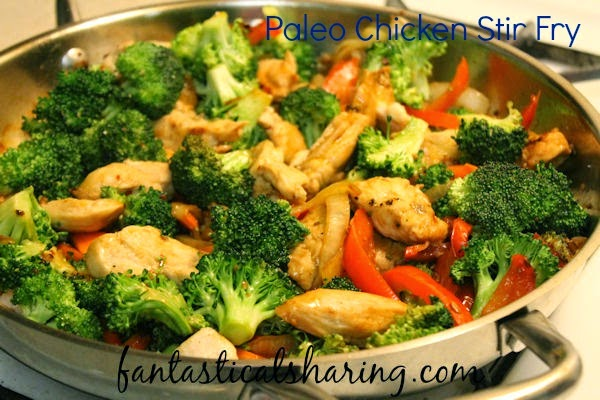 Paleo Chicken Stir Fry | An easy, quick weeknight meal that can be made paleo style! #recipe #paleo #stirfry