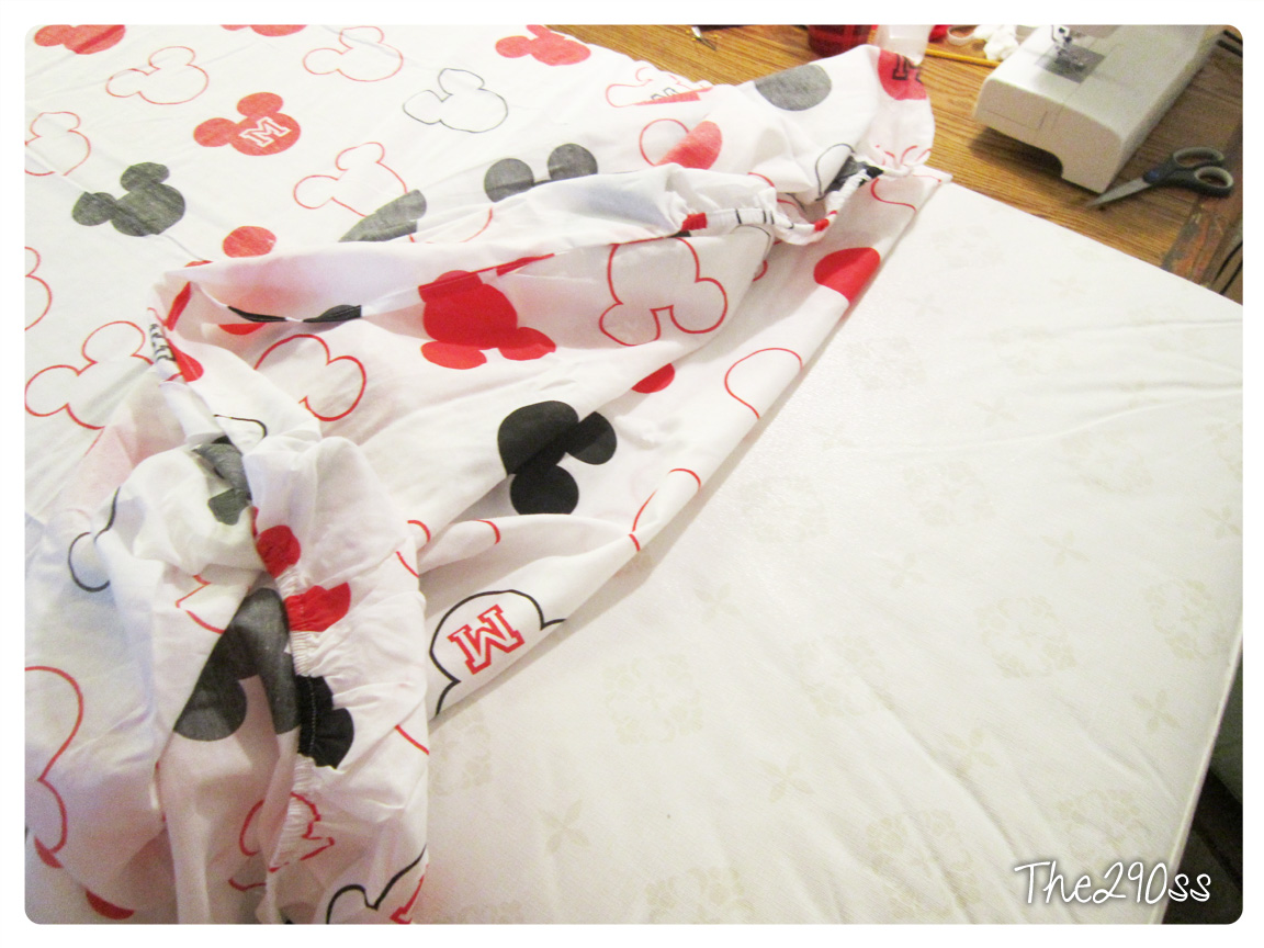 Superb Crib Sheets from a Twin Set Mickey Mouse Themed
