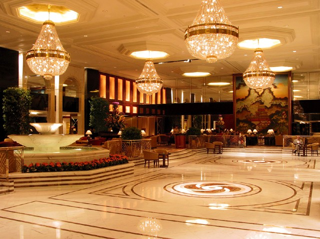 The peninsula hotel hong kong top best hotels in the world for Hotel luxury hong kong