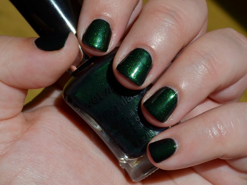 wet n wild swatch poison ivy, wet n wild nail poison ivy swatch, wet n wild poison ivy