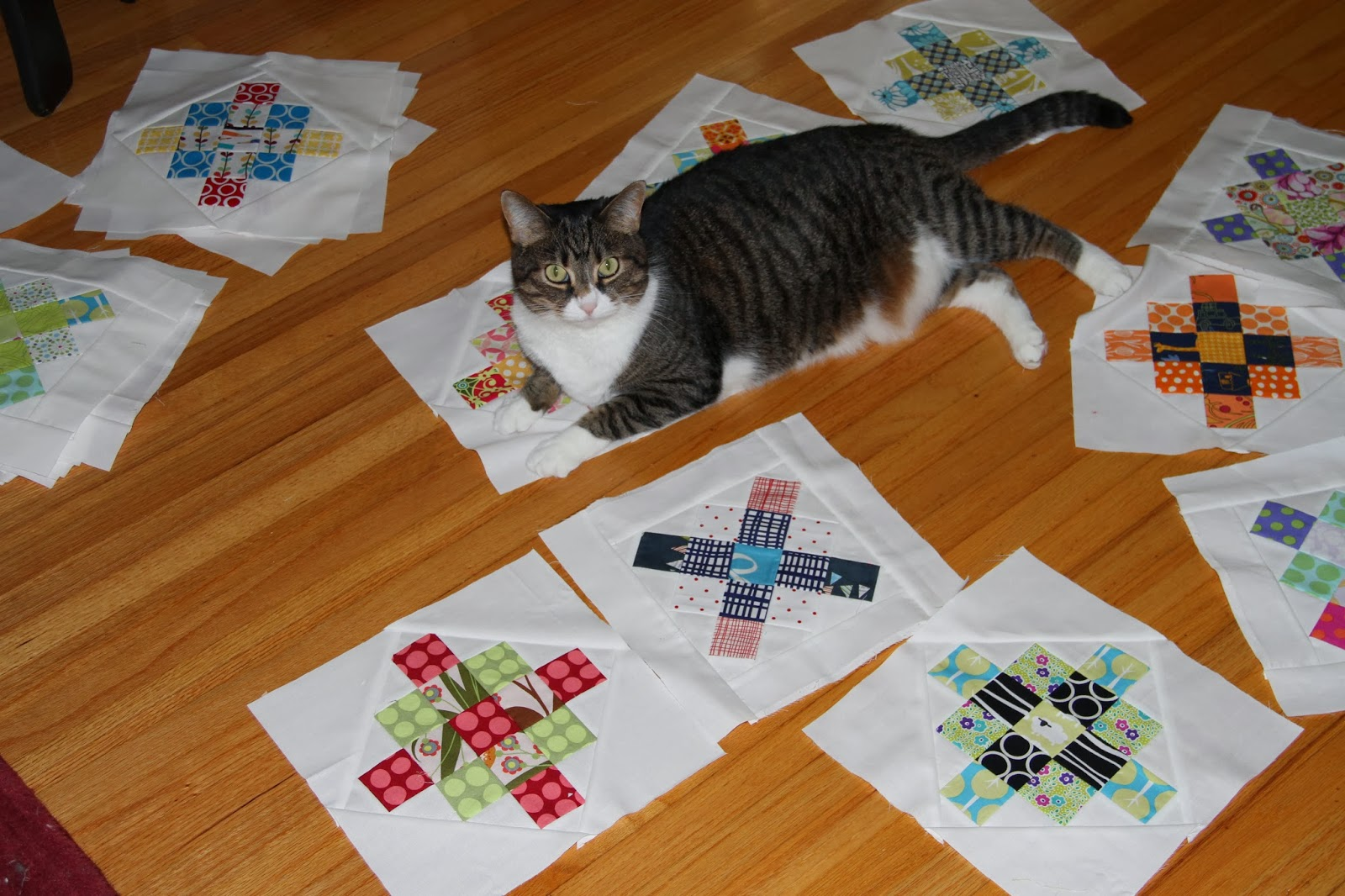 City House Studio: Scrappy Squares Quilt : how to put a quilt together - Adamdwight.com