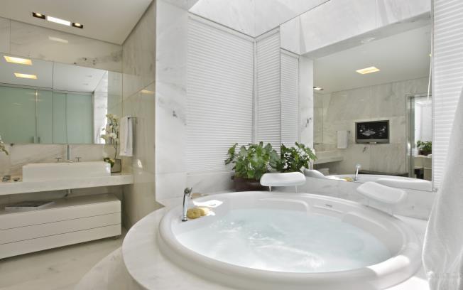 Construindo Minha Casa Clean Diferença Mármore x Granito x Marmoglass x Nano -> Banheiro Com Banheira E Jardim De Inverno