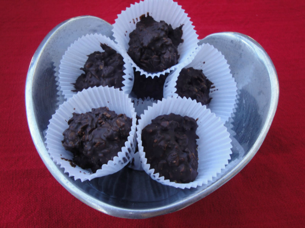 Chocolate Pepita Cups - Kim's Welcoming Kitchen