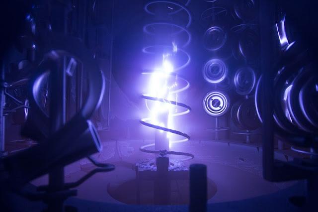 ModDesignGuru - Thinking-Outside-the-Box Design: The Magic happens at the Delta/Brizo Jackson Plant