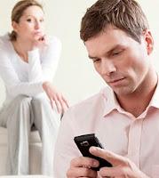 Trabalhador que fica à disposição por meio do celular tem direito a remuneração extra