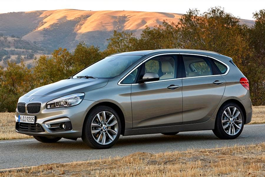 BMW 2 Series Active Tourer (2015) Front Side 1
