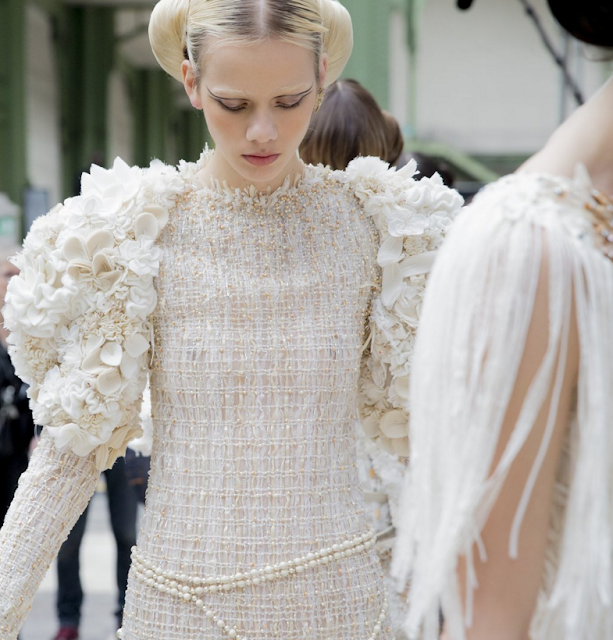 vogue-runway-chanel-behind-the-scenes-coolchicstylefashion