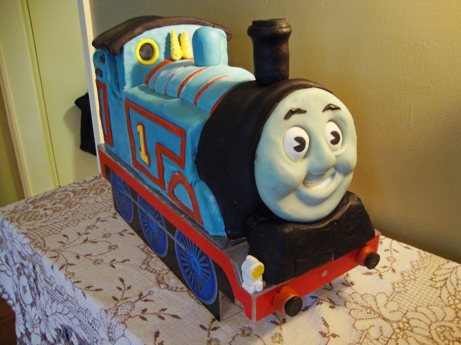 My Back Pages Thomas The Tank Engine Birthday Cake