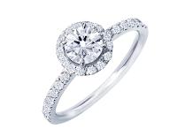こだわりのデザインでリスタイルエンゲージリング(婚約指輪)を作る。