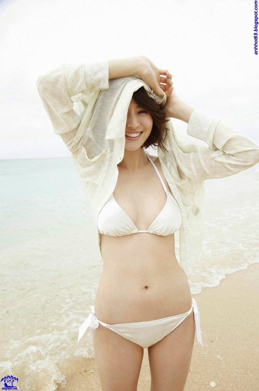 chinami-suzuki-01205332