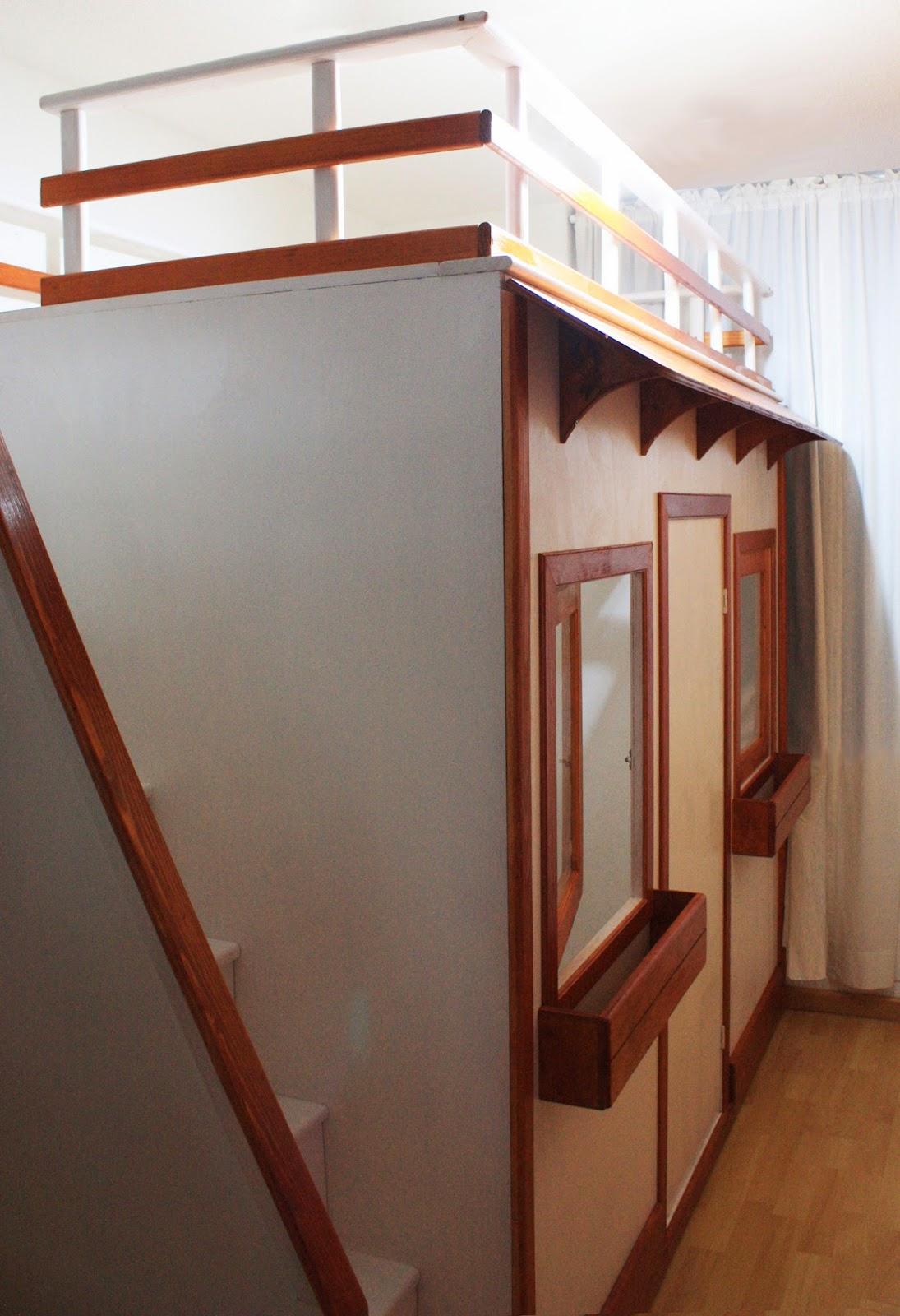 Rec mara de ni a litera y casita fabricada en madera for Recamaras individuales de madera