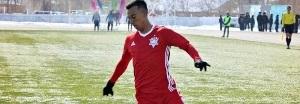Vitória contrata lateral que estava no Cazaquistão