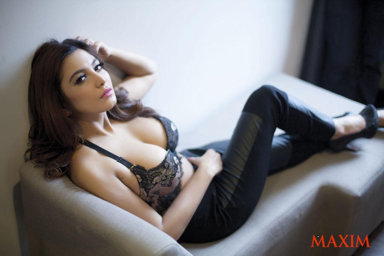 Foto Hot Tyas Mirasih Artis TM