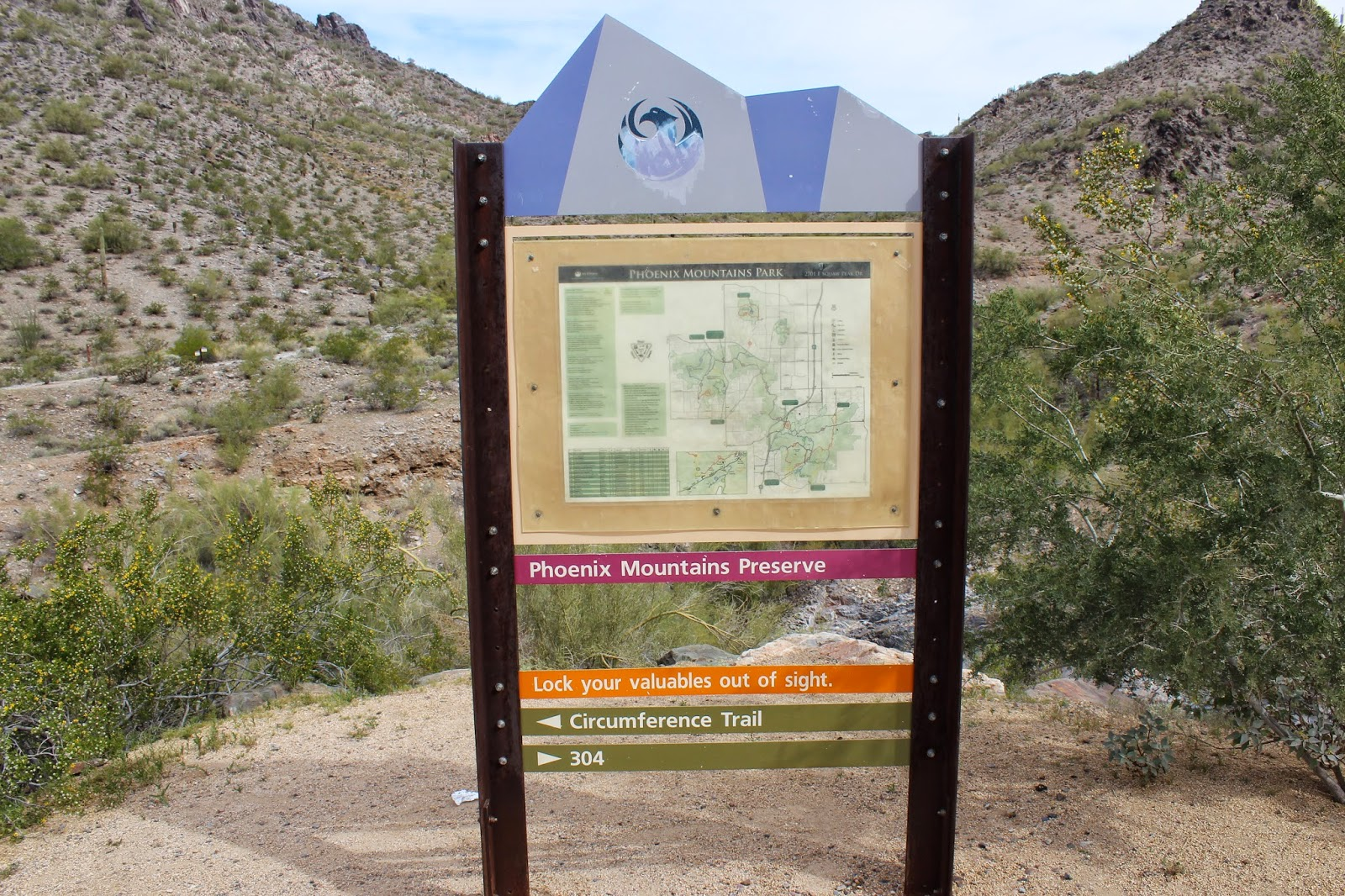 Gjhikes phoenix mountains nature trail the hike begins at the apache trailhead located at the end of squaw peak drive since people tend to park wherever they can find a spot the length of the sciox Choice Image