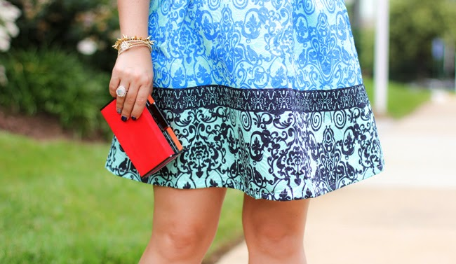 color blocking clutch