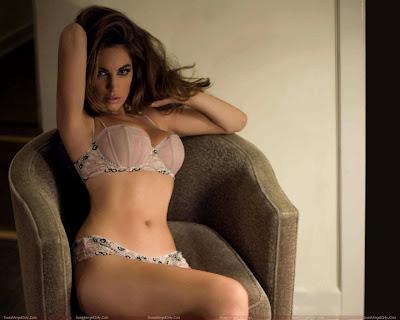 actress_kelly_brook_hot_wallpapers_sweetangelonly.com