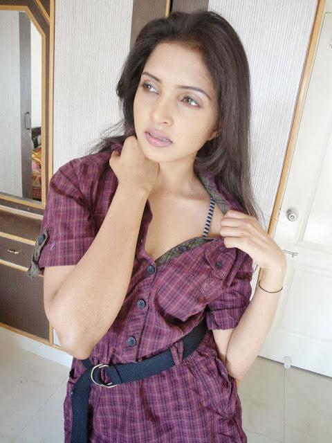 Sanchita Padukone Images Gallery