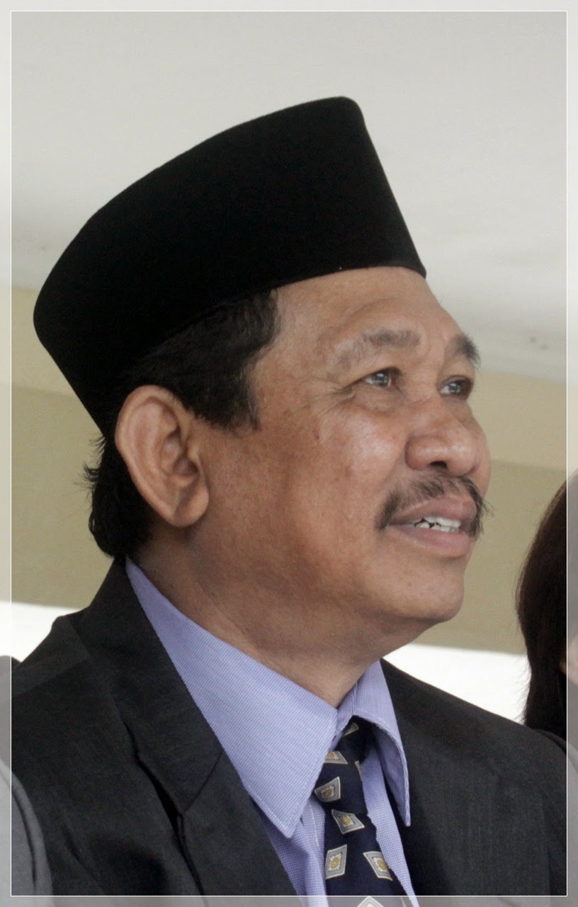 Dr.H. Toto Sumianto,M.Pd