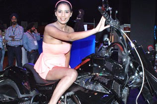 Poonam Pandey HD pictures on bike