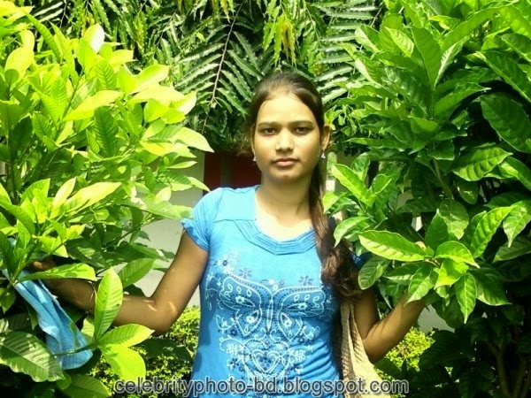 Deshi+girl+real+indianVillage+And+college+girl+Photos001