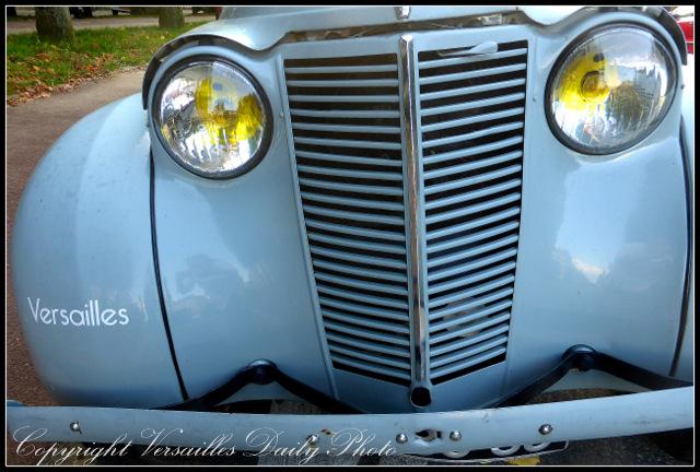Old car Versailles Boeuf à la mode