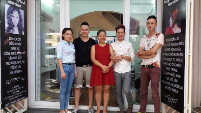 Đội ngũ quản lý và nhân viên Hair Salon Quỳnh Anh