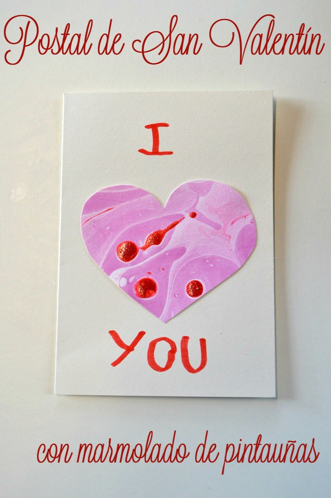 Postal de San Valentín marmolado de pintauñas
