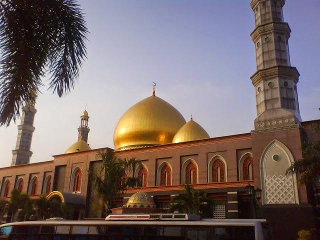 Masjid Dian Al-Mahri, Depok, Jawa Barat
