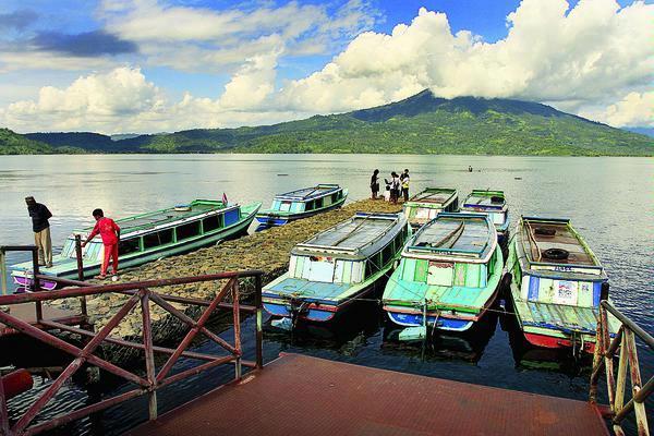 Danau Ranau Lampung Barat 4