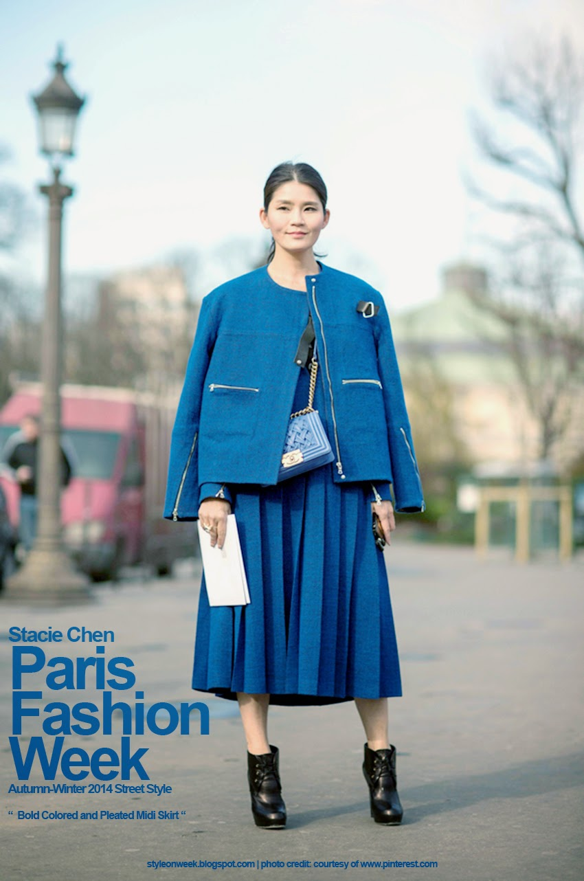 Paris Fashion Week Autumn-Winter 2014 Street Style - Bold Colored and Pleated Midi Skirt