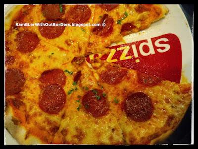 Pizza, Spizza, Capitol Piazza, Singapore