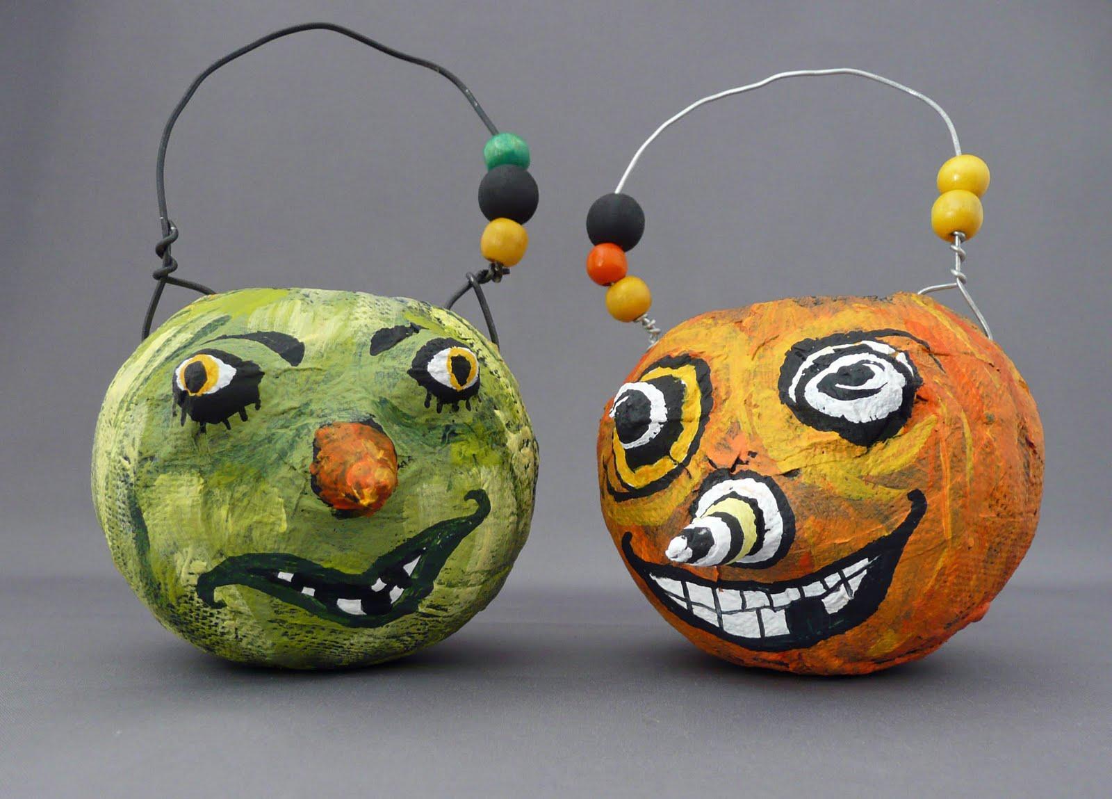 Papier Mache intérieur that artist woman: little papier mache pumpkins