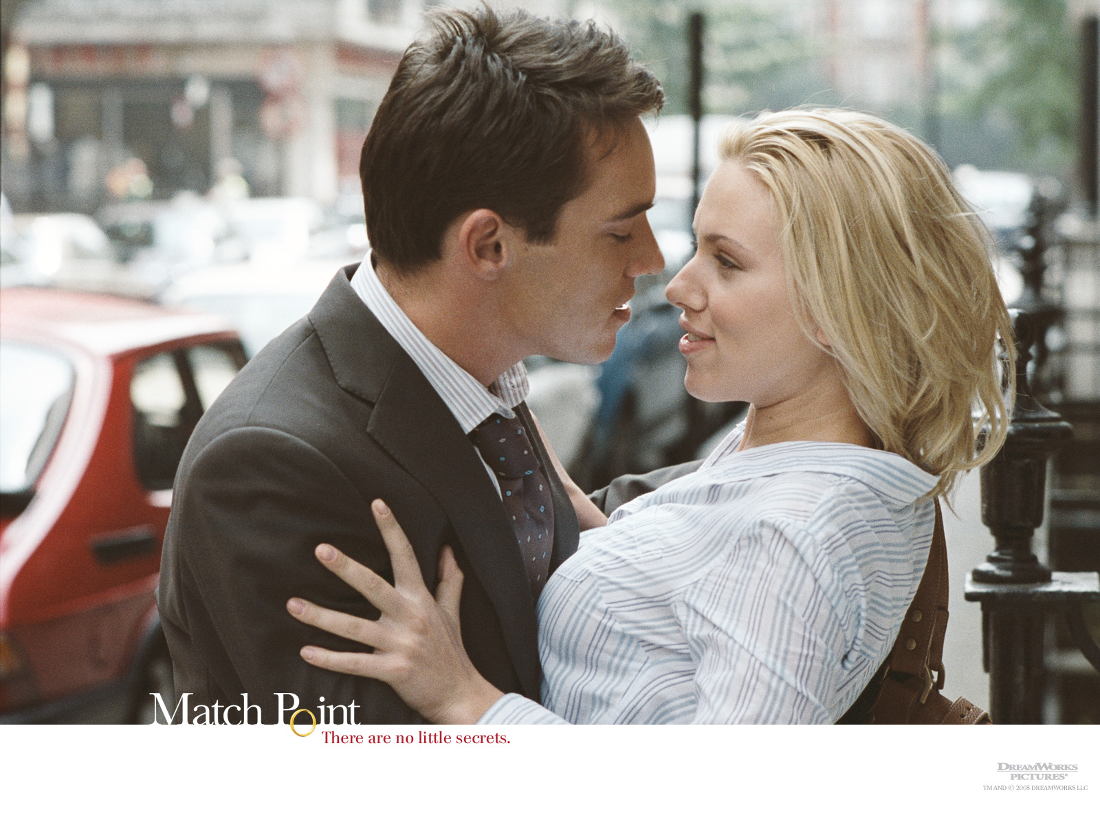 http://3.bp.blogspot.com/-BZ7FGvetgtM/TFf6bEn0FAI/AAAAAAAAAaM/X7SS0DdOLDg/s1600/couple-kissing.jpg