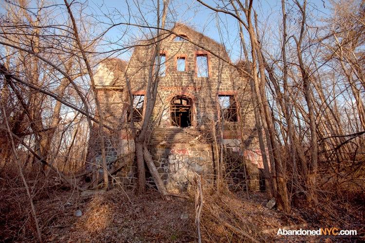 Farm Colony Staten Island Haunted