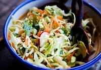 Salada Leve de Repolho (vegana)