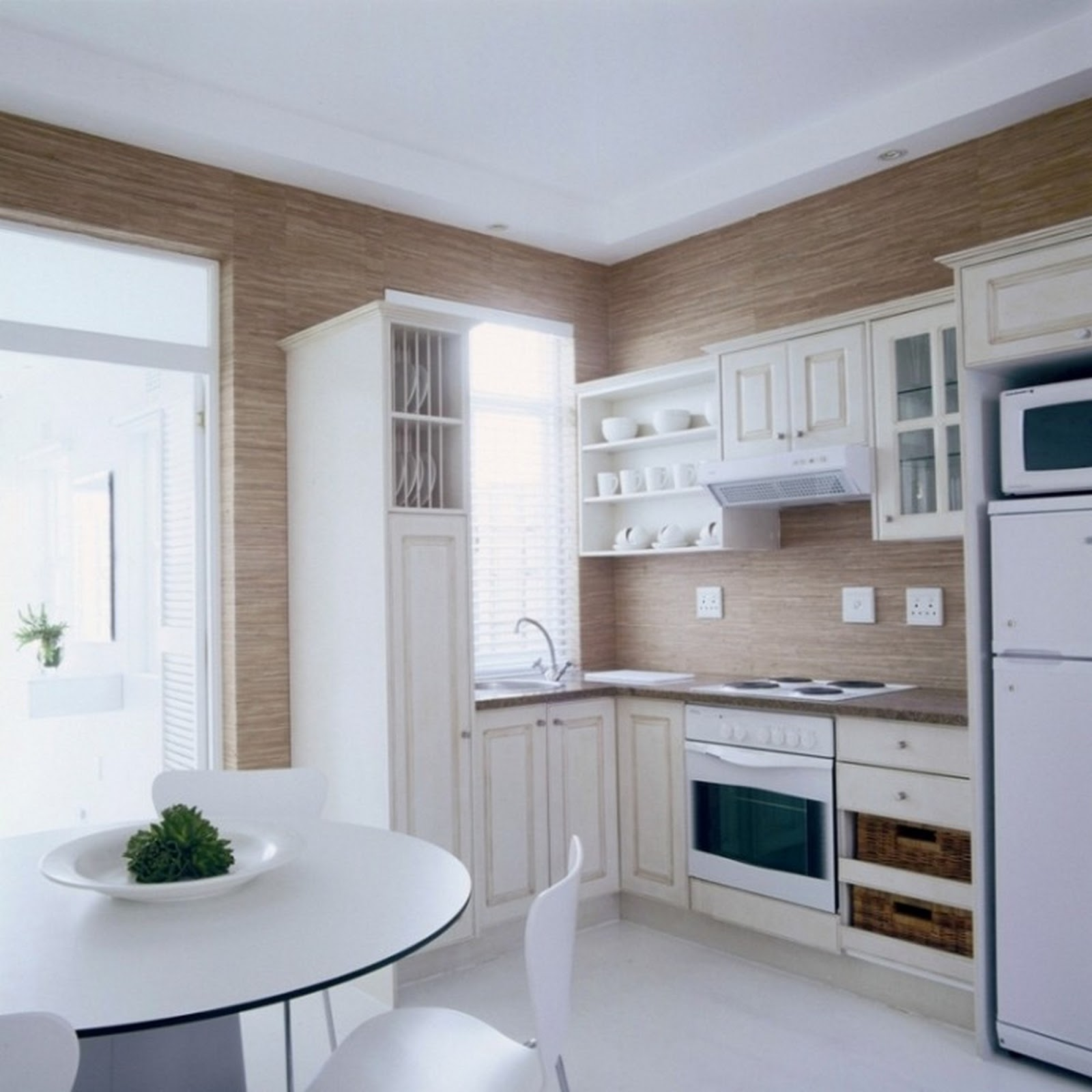 Tips ways to make a small kitchen look bigger dsgnideas for Small kitchen design pictures