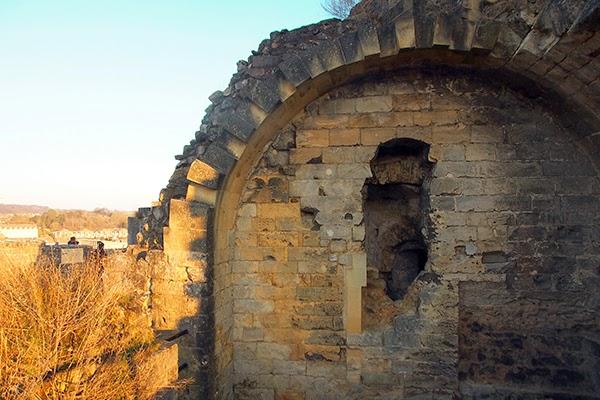 castle ruins valkenburg netherlands