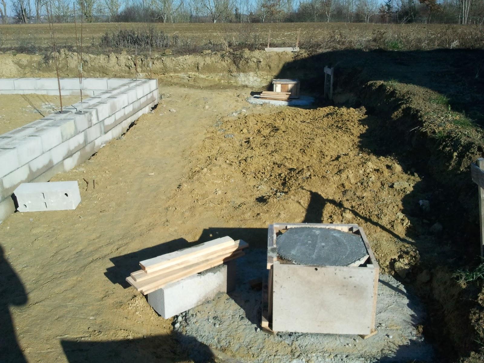 faire des plots en beton pour terrasse conceptions de la. Black Bedroom Furniture Sets. Home Design Ideas