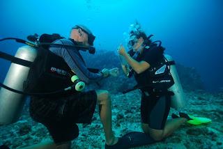 PADI rescue diver course hin daeng muang mantas