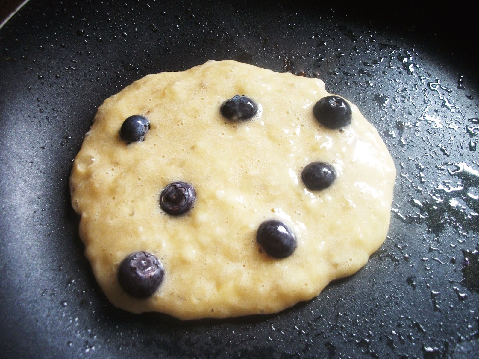 Banana & Blueberry Pancakes
