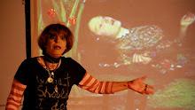 Encuentro 2011. Lucia Sander en Ofelia explica