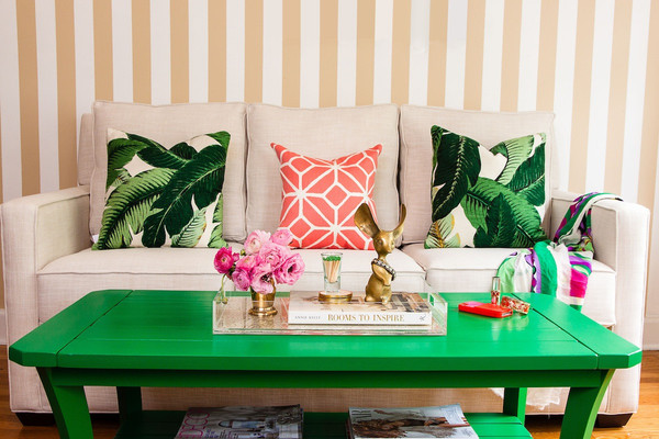 Banana leaf hello boudreau for Tropical home decorations