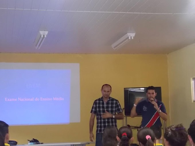 ENEMVEST - Curso preparatório da Escola Santa Tereza