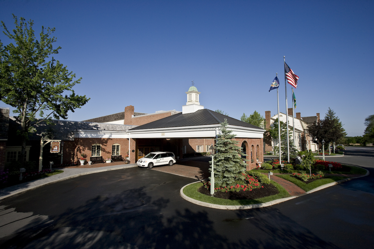 Desmond Hotel And Conference Center