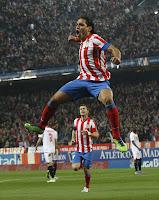 Falcao celebra su gol número 50