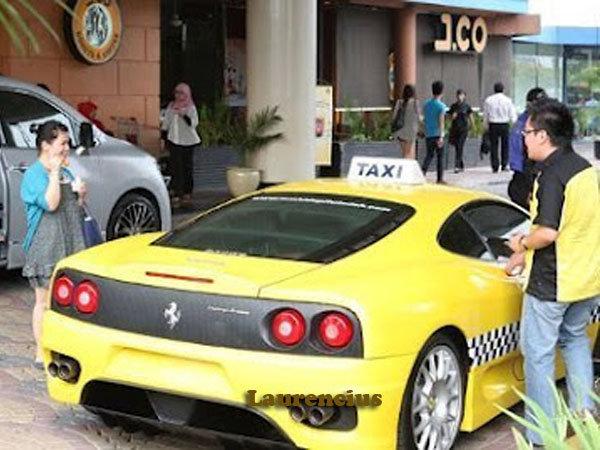Taksi-Ferrari-dan-Porsche-MMCab_6