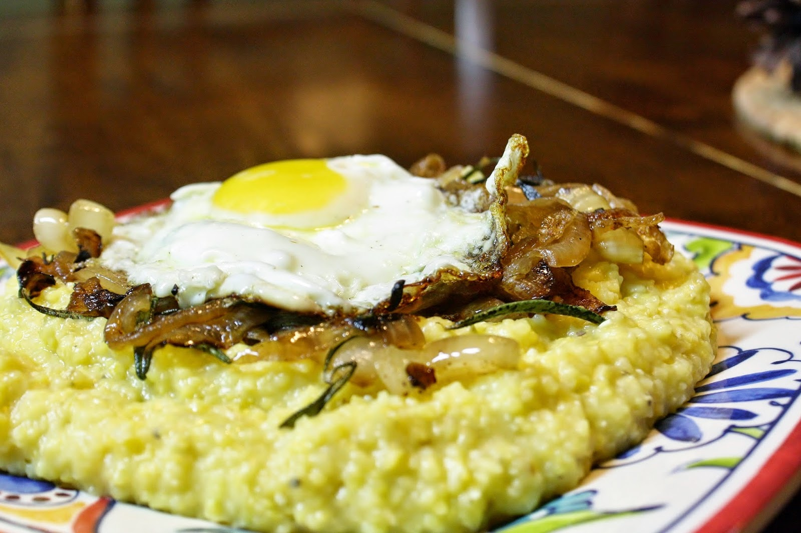 http://eatprayjuice.blogspot.com/2014/12/grits-with-rosemary-onions-and-fried-egg.html