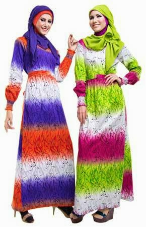 gambar busana muslimah corak banyak warna