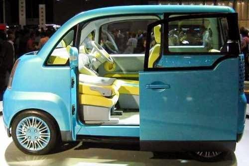Daihatsu Luxio Sloper